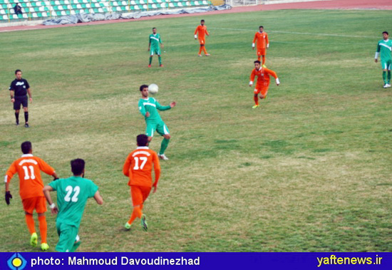 عكس: خيبر خرمآباد پيروز شد و 2 پله در جدول صعود كرد