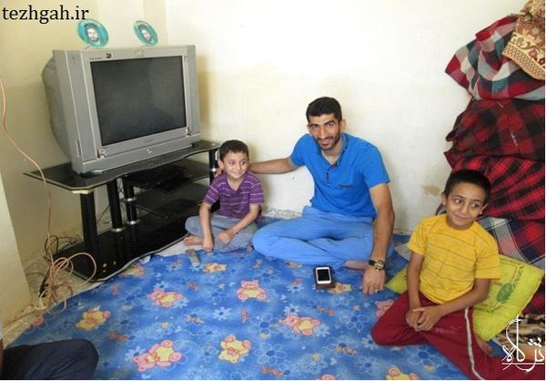 فوتبالیست ملیپوش لرستانی، به دیدار بیماران سرطانی رفت