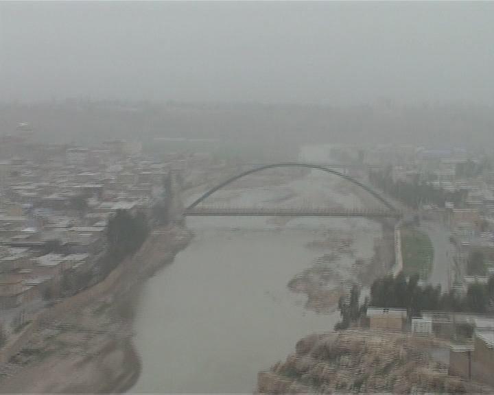 آلودگی هوا برخی مدارس لرستان را در روز یکشنبه تعطیل کرد