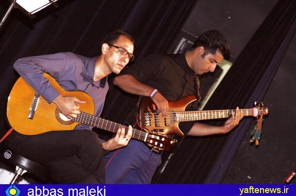 شب خاطرهانگیز جوانان خرمآبادی با کنسرت موسیقی گروه پاپ