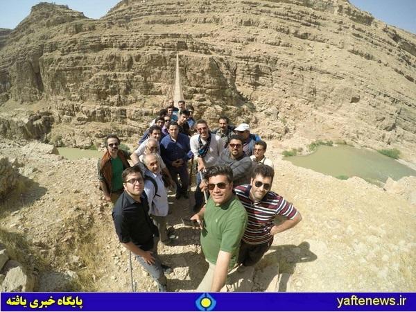 بازدید و کاشت نهال فعالان فرهنگی در مرتفعترین پل معلق کشور در لرستان