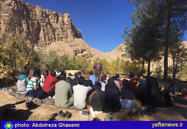 پدر بلوط لرستان در جمع فعالان محیط زیست استان فارس