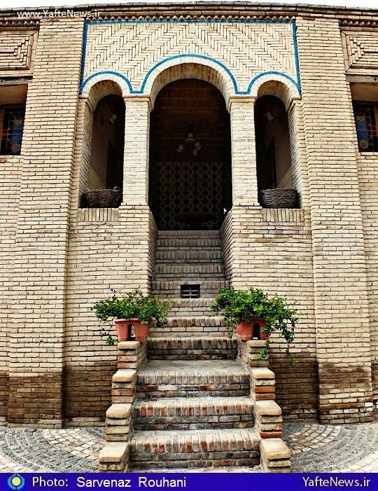 عمارت باغ تکیه حاج ابوطالب بیرجندی ترنجستان بروجرد لرستان
