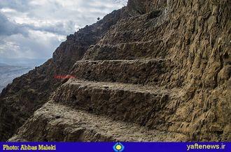 گزارش تصویری: پلههای باستانی کوه یافته خرمآباد، شگفت و مخوف