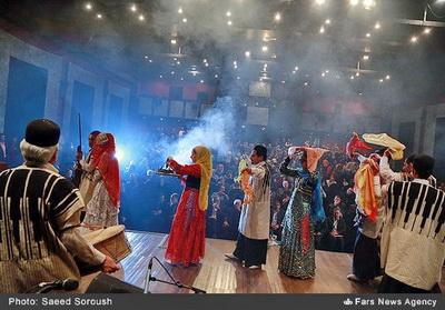 زنگ پاياني هفته فرهنگي لرستان در تهران به صدا درآمد