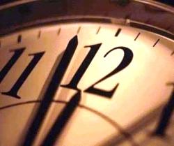 فروردین ساعت رسمی کشور یک ساعت جلو کشیده میشود.- یافته